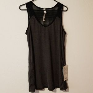Lululemon run tie and fly tank NWT size 10